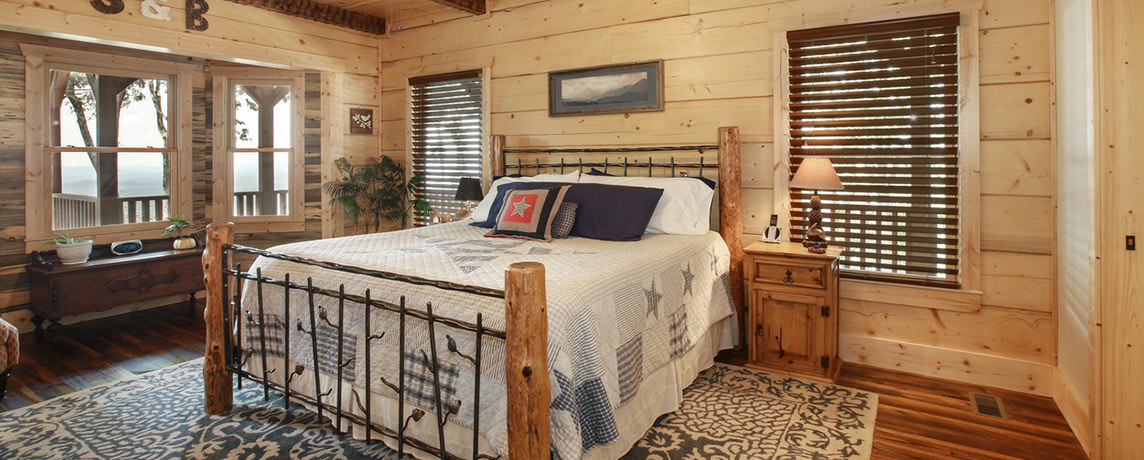 Misty Ridge log home cabin floor plan master bedroom